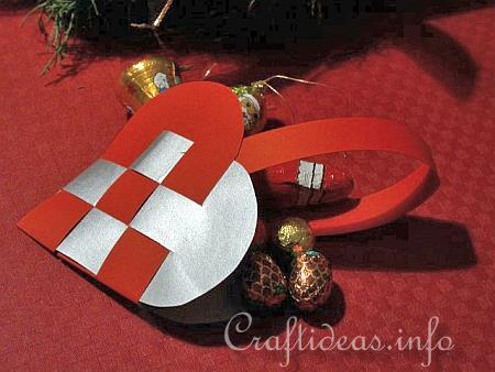 Christmas_Paper_Craft_-_Swedish_Heart_Paper_Christmas_Ornament
