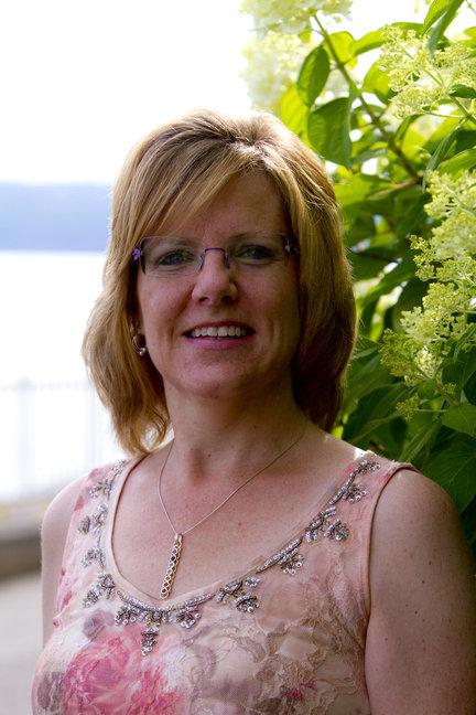 Donna McDine new headshot