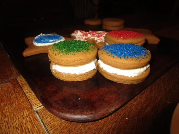 kids-with-cookies